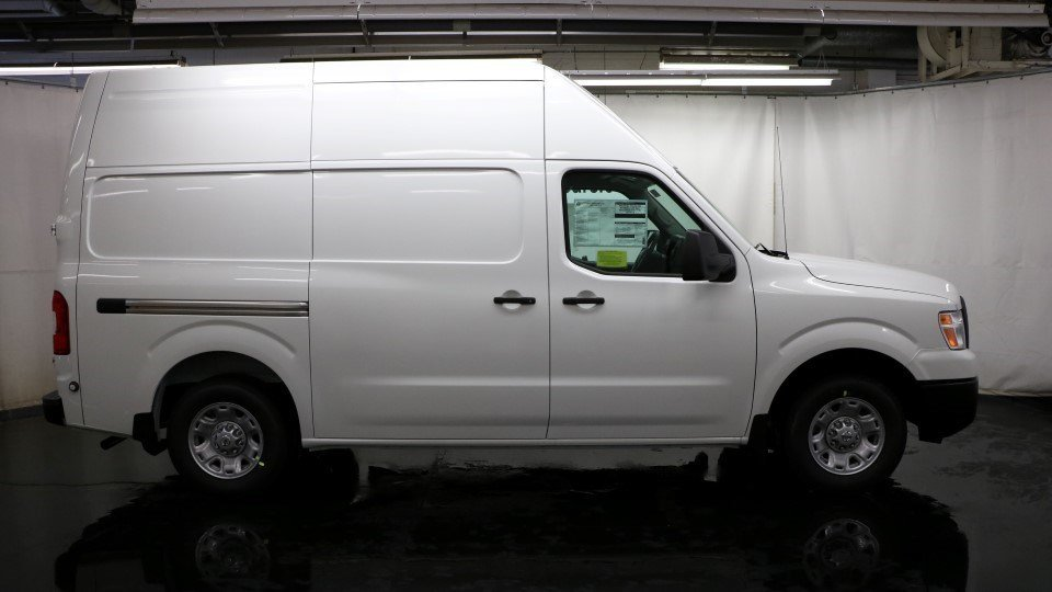 New 2017 Nissan NV2500 High Roof SV