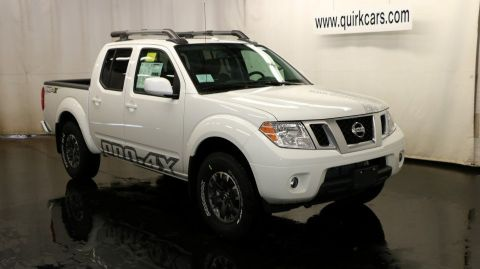 New 2017 nissan frontier pro 4x crew cab pickup in quincy ns38453 quirk nissan for 2017 nissan frontier crew cab interior